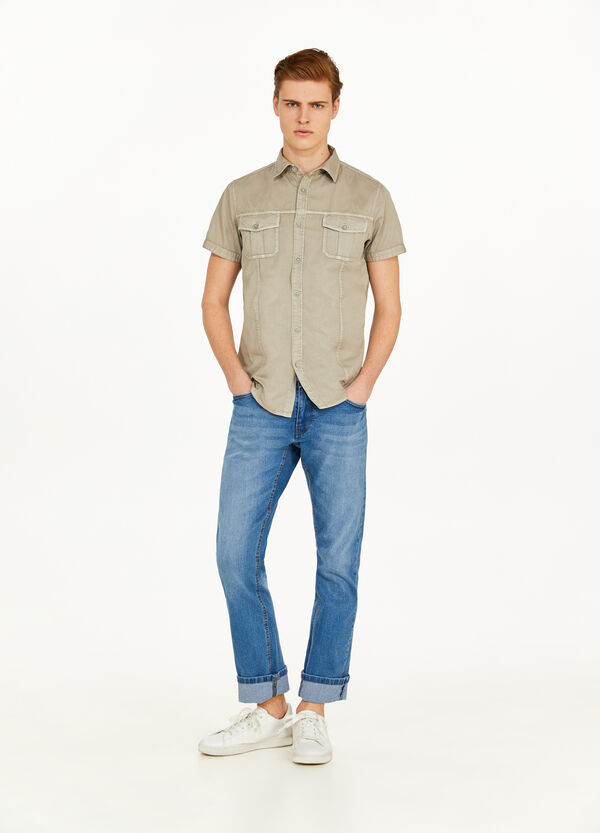 Casual shirt in 100% cotton with pockets