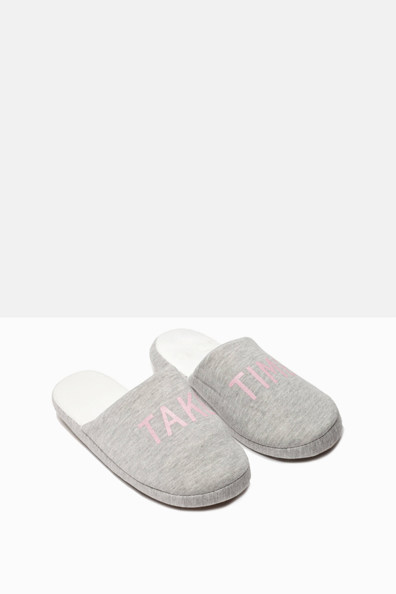 Slipper with raised sole image number null