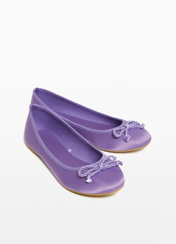 Satin ballerina flats with bow