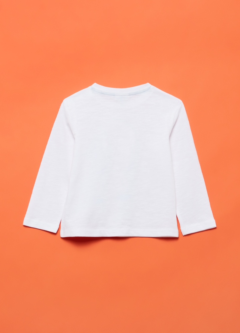 100% organic cotton T-shirt with print image number null