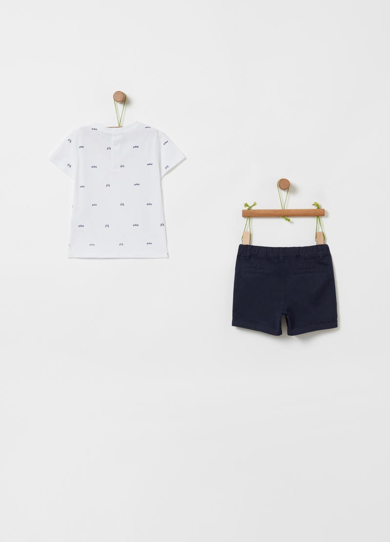 T-shirt and shorts set with pattern image number null