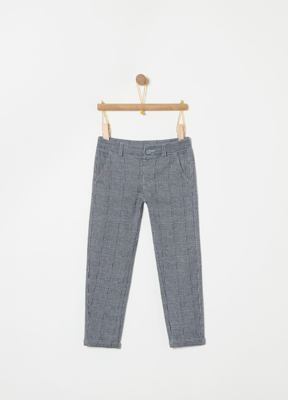 Warm yarn-dyed trousers with pockets