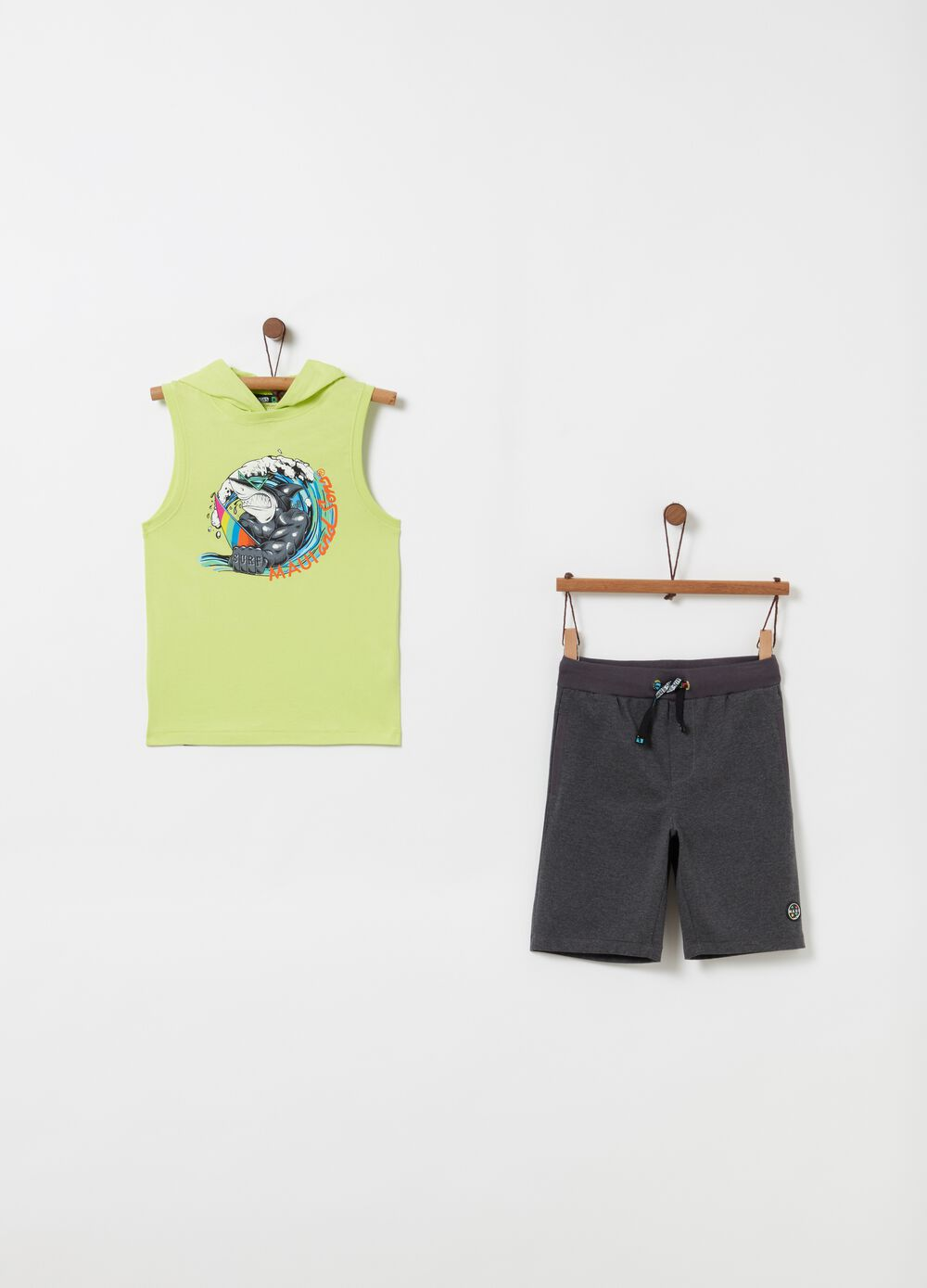 Cotton jogging set by Maui and Sons