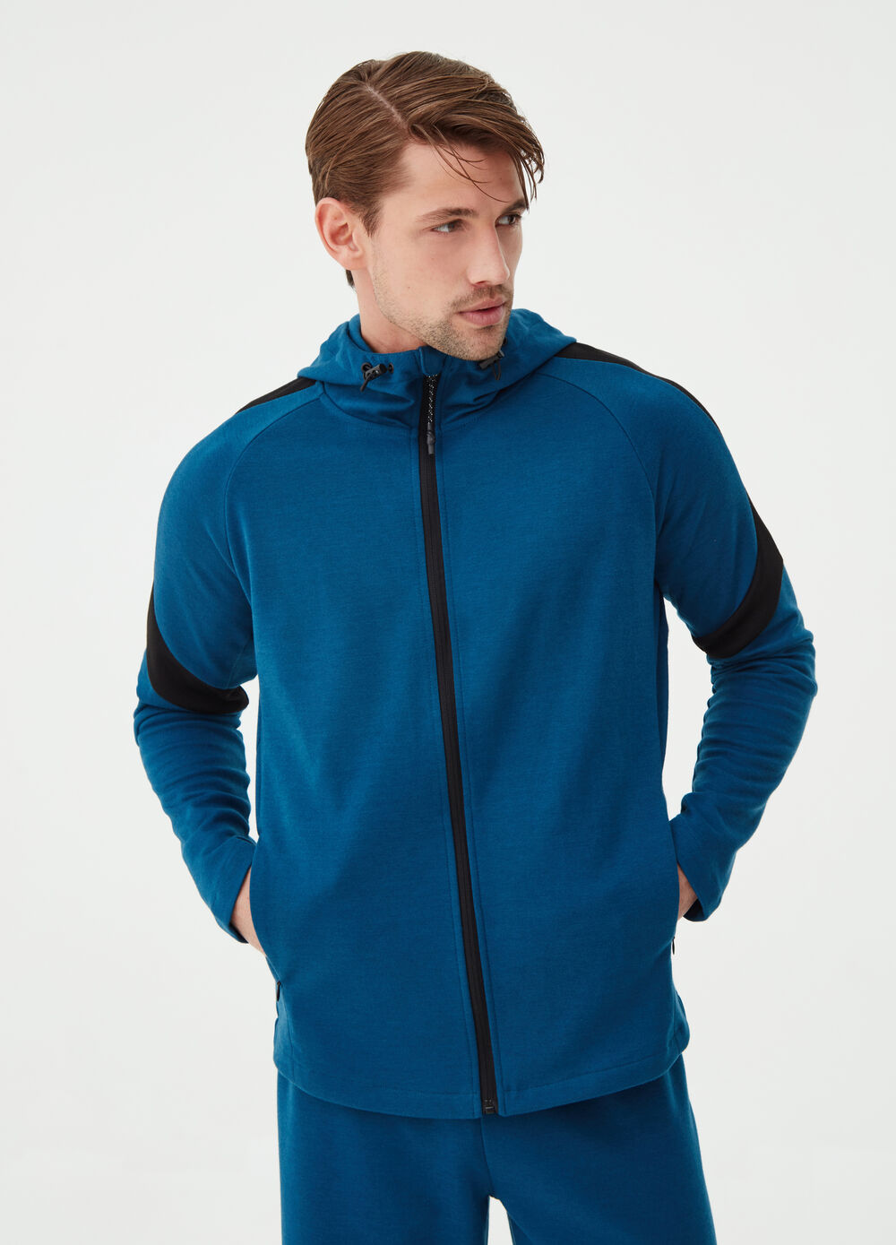 Cotton blend gym hoodie with zip