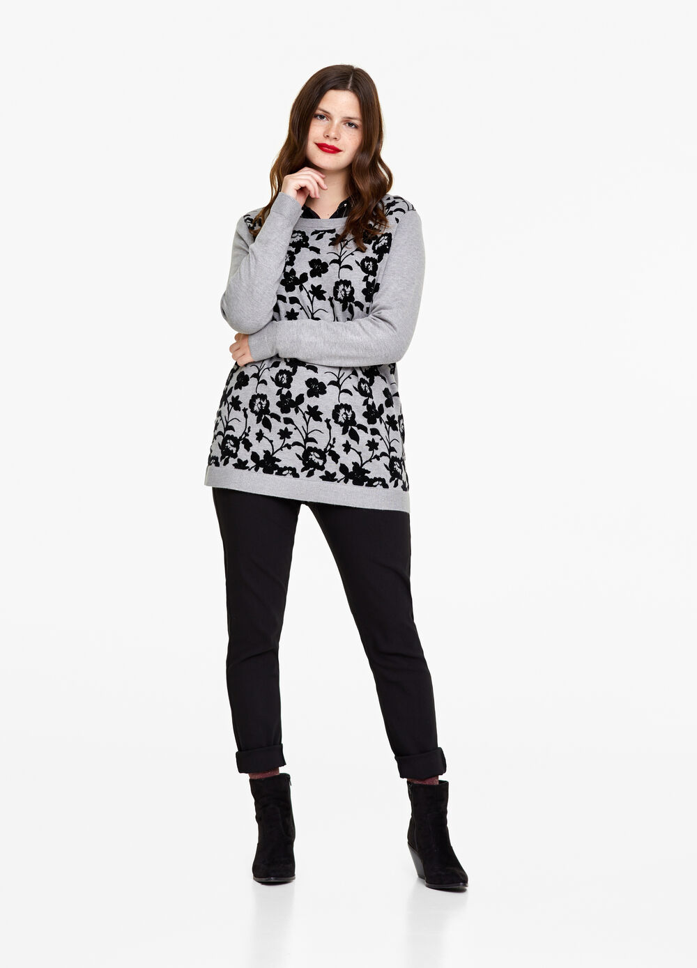 Curvy pullover with print