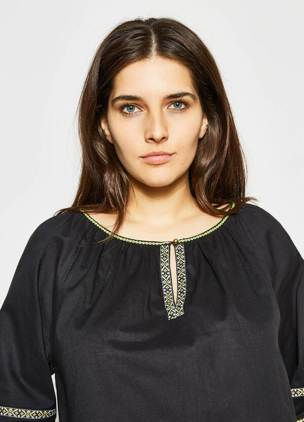 Curvy blouse in cotton with embroidery | OVS