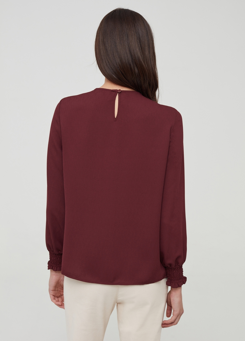 Blusa in crêpe con plissé image number null