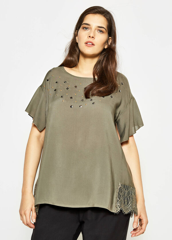 Curvy blouse with lace and studs | OVS