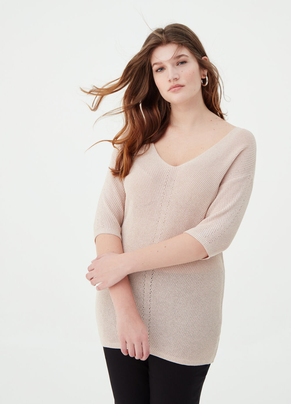 Curvy pullover with knitted lurex