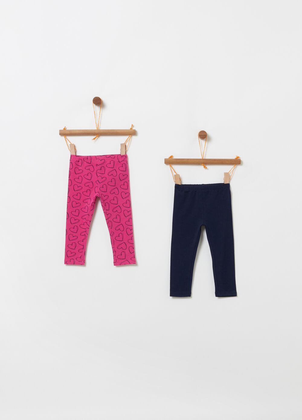 Two-pack solid colour and hearts leggings