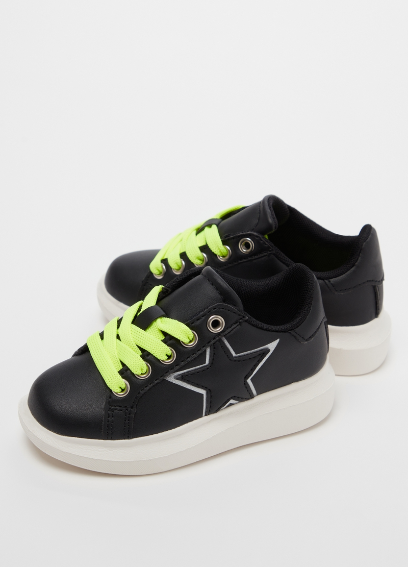Sneakers in eco pelle ricamo stella image number null