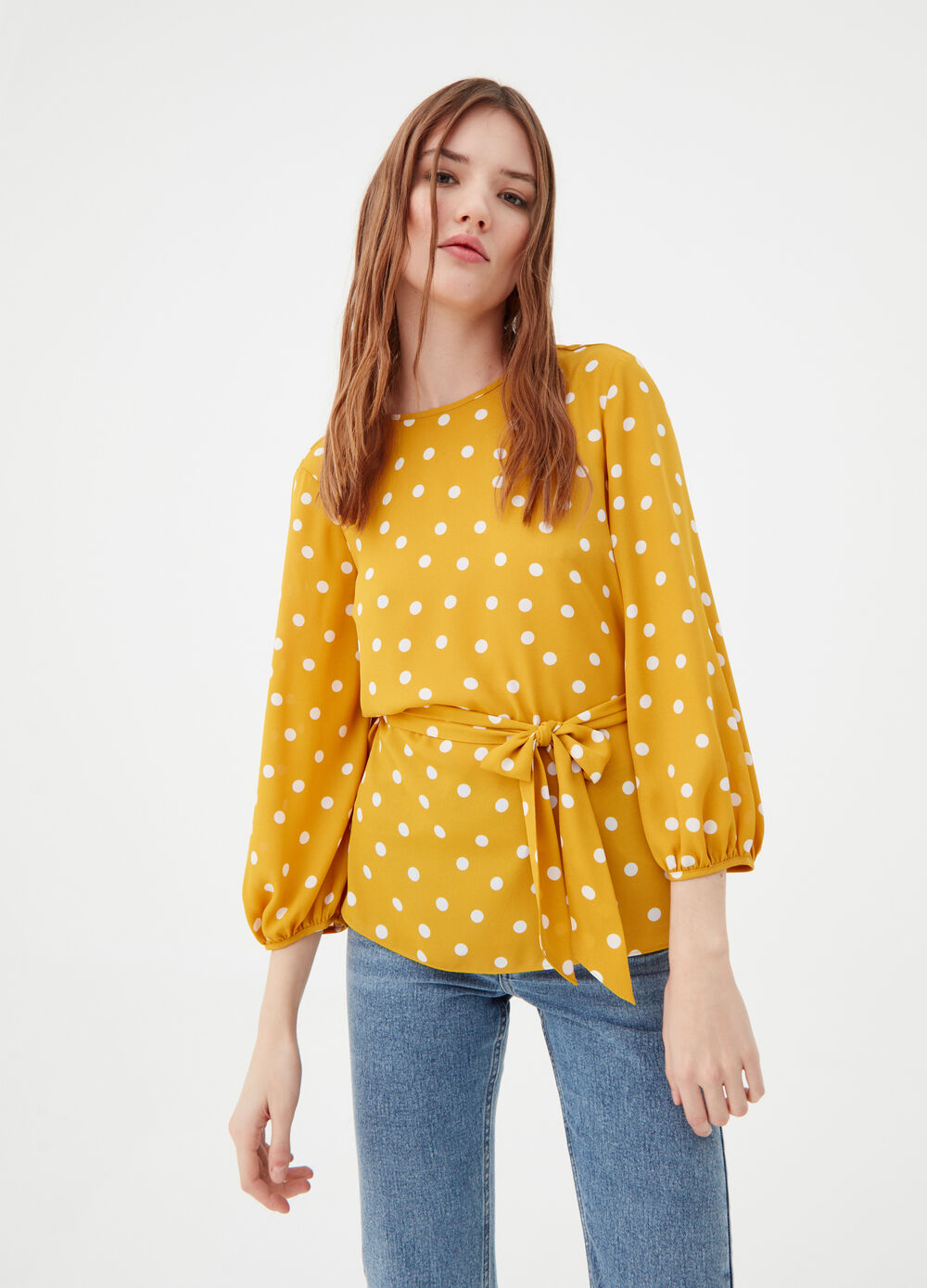 Blouse with wide sleeves and polka dot print