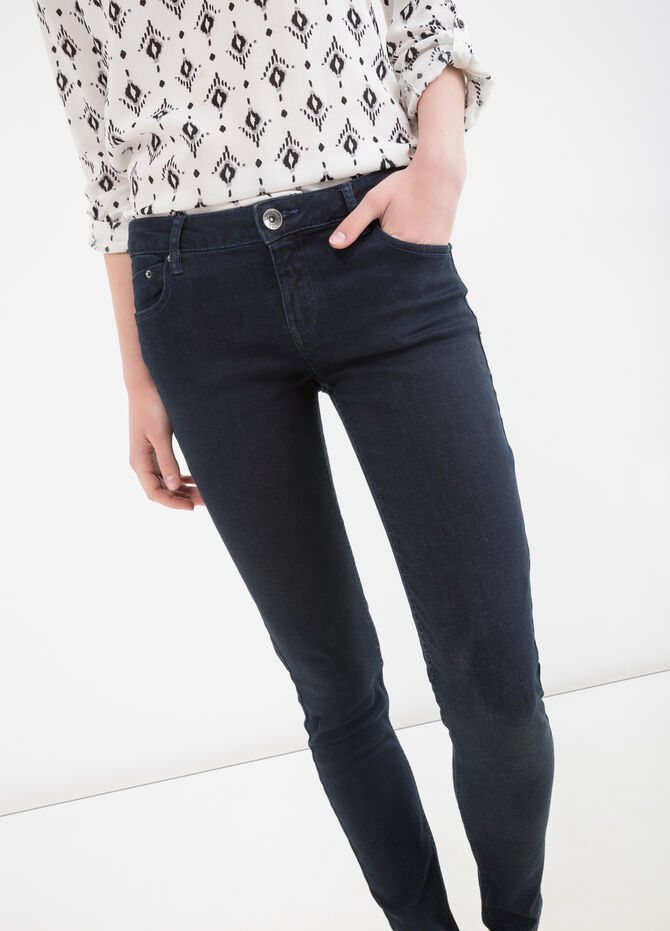 Slim fit stretch jeans with pockets