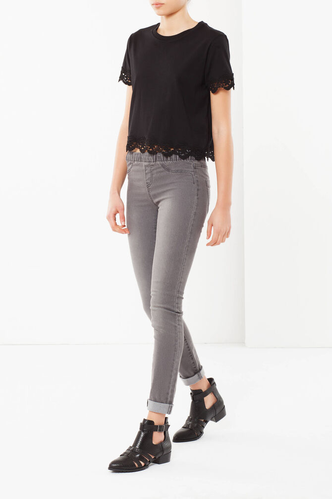 Skinny fit high-waisted jeans