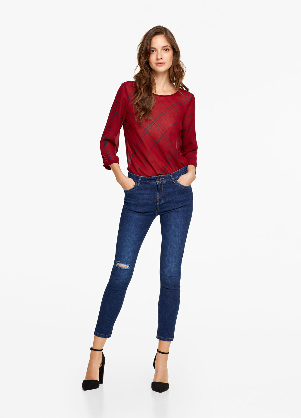Jeans crop stretch con strappo
