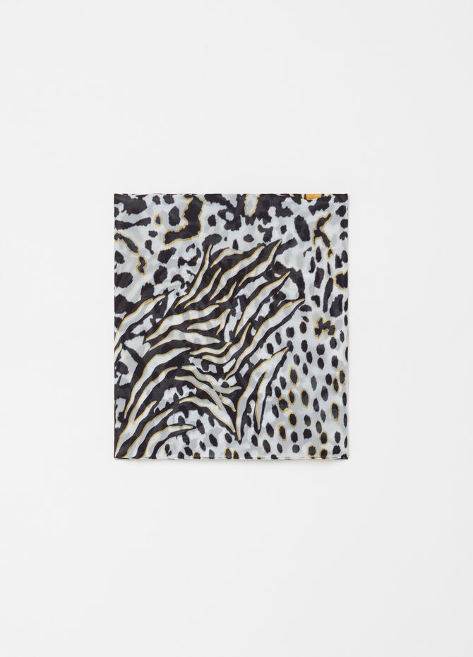 Animal patterned scarf