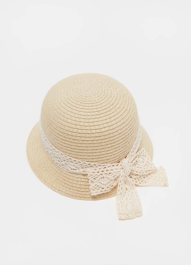 Straw hat with crochet ribbon image number null