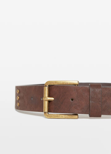 Belt with one loop and studs