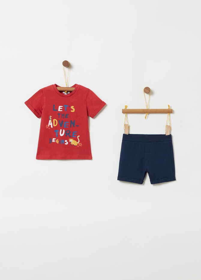 Lettering T-shirt and shorts jogging set