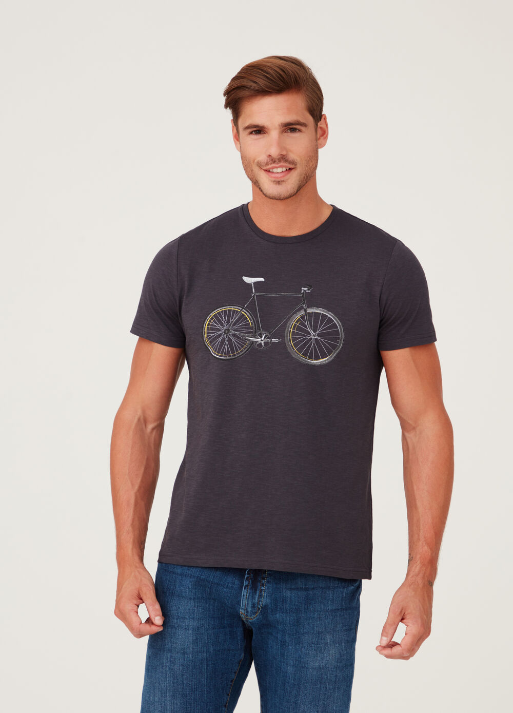 100% cotton T-shirt with round neck and print
