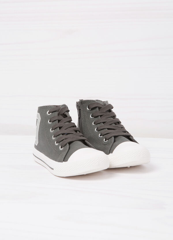 Sneakers alte stampa a contrasto | OVS