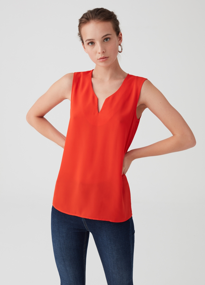 Solid colour sleeveless V-neck blouse image number null