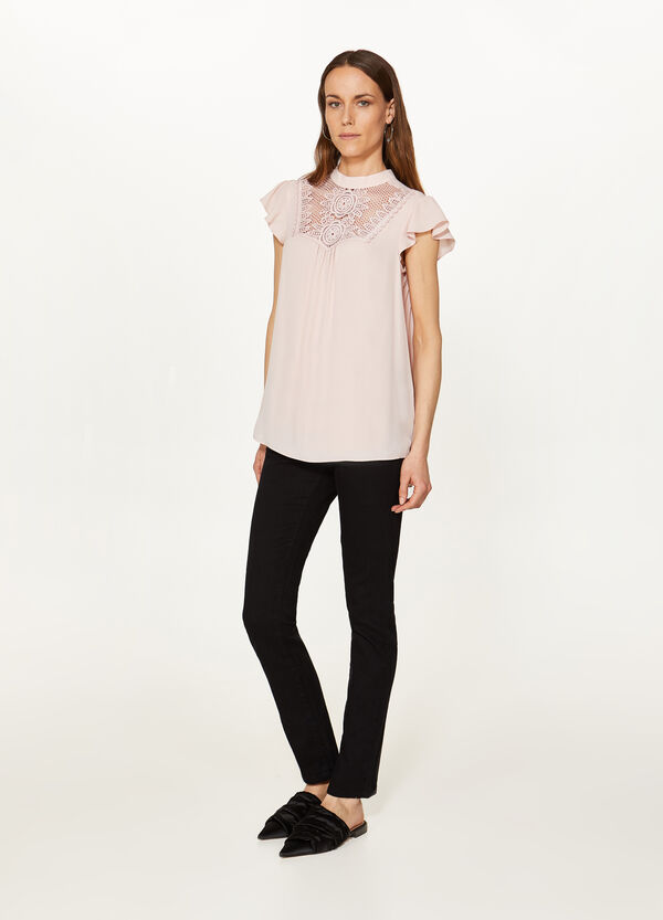 Blouse with high neck and lace