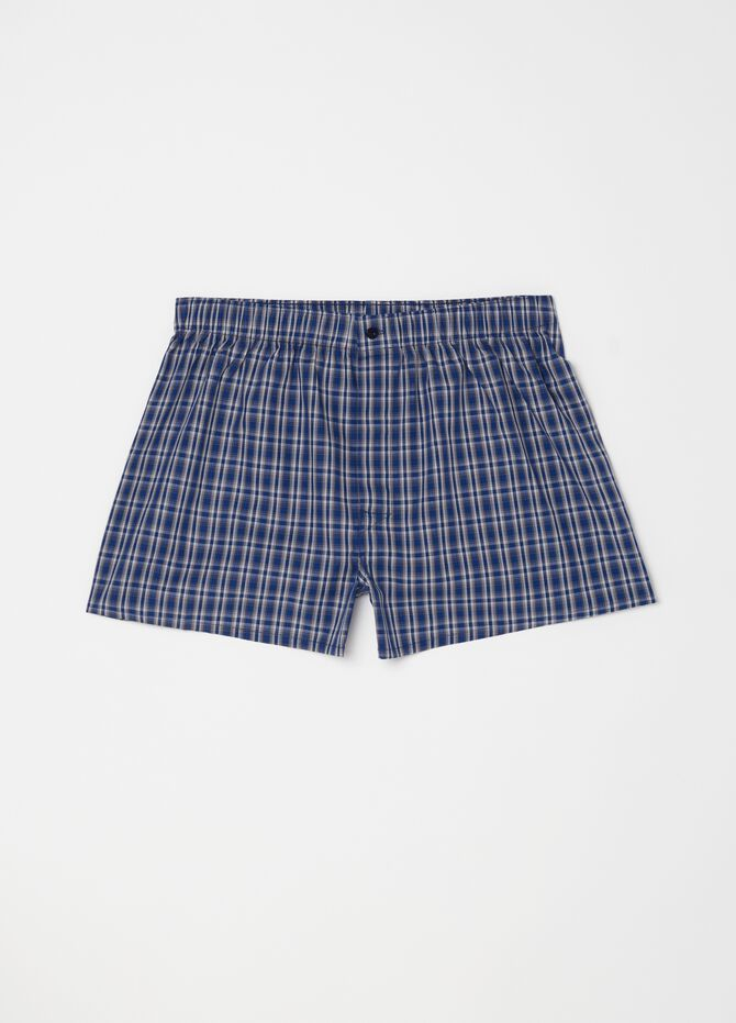 100% cotton boxer shorts with small button