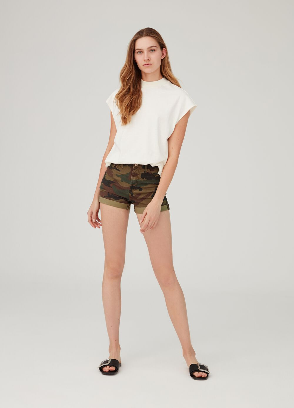 Stretch denim shorts with camouflage pattern