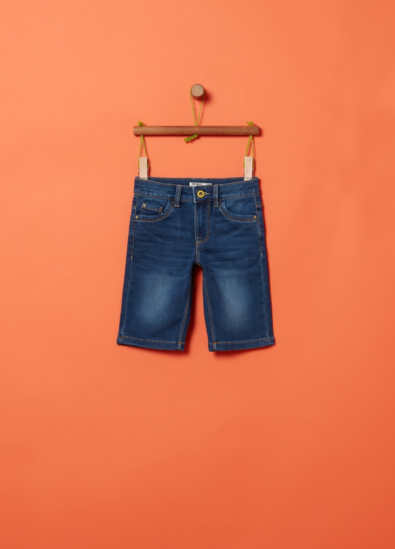 Denim shorts with five pockets image number null