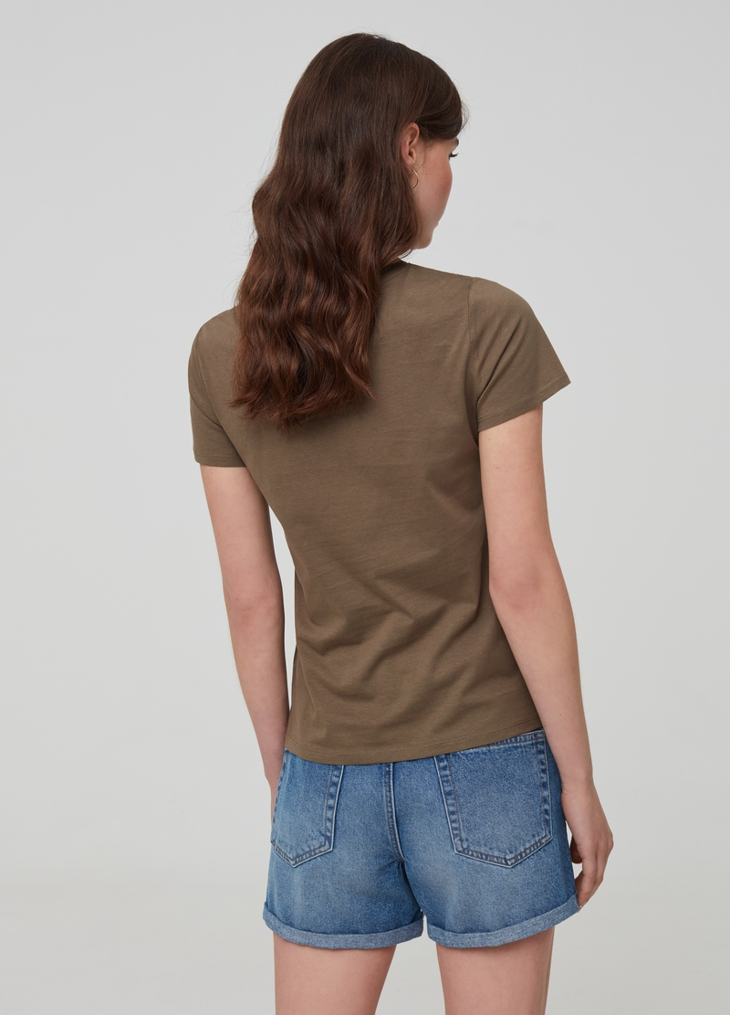 100% organic cotton T-shirt with embroidered insert image number null