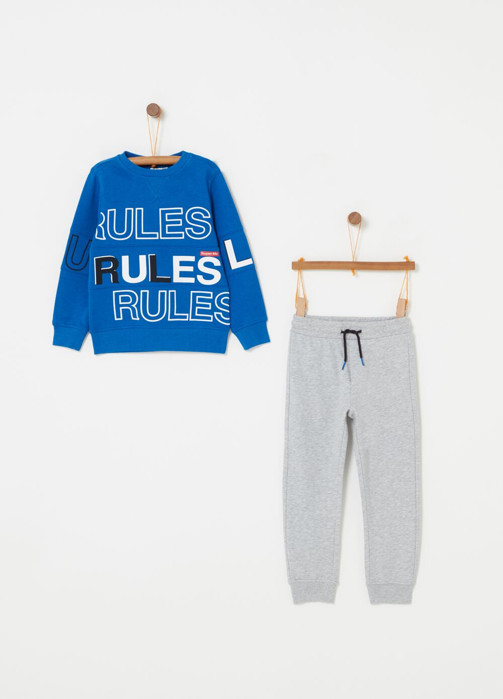 Jogging set with solid colour and mélange lettering