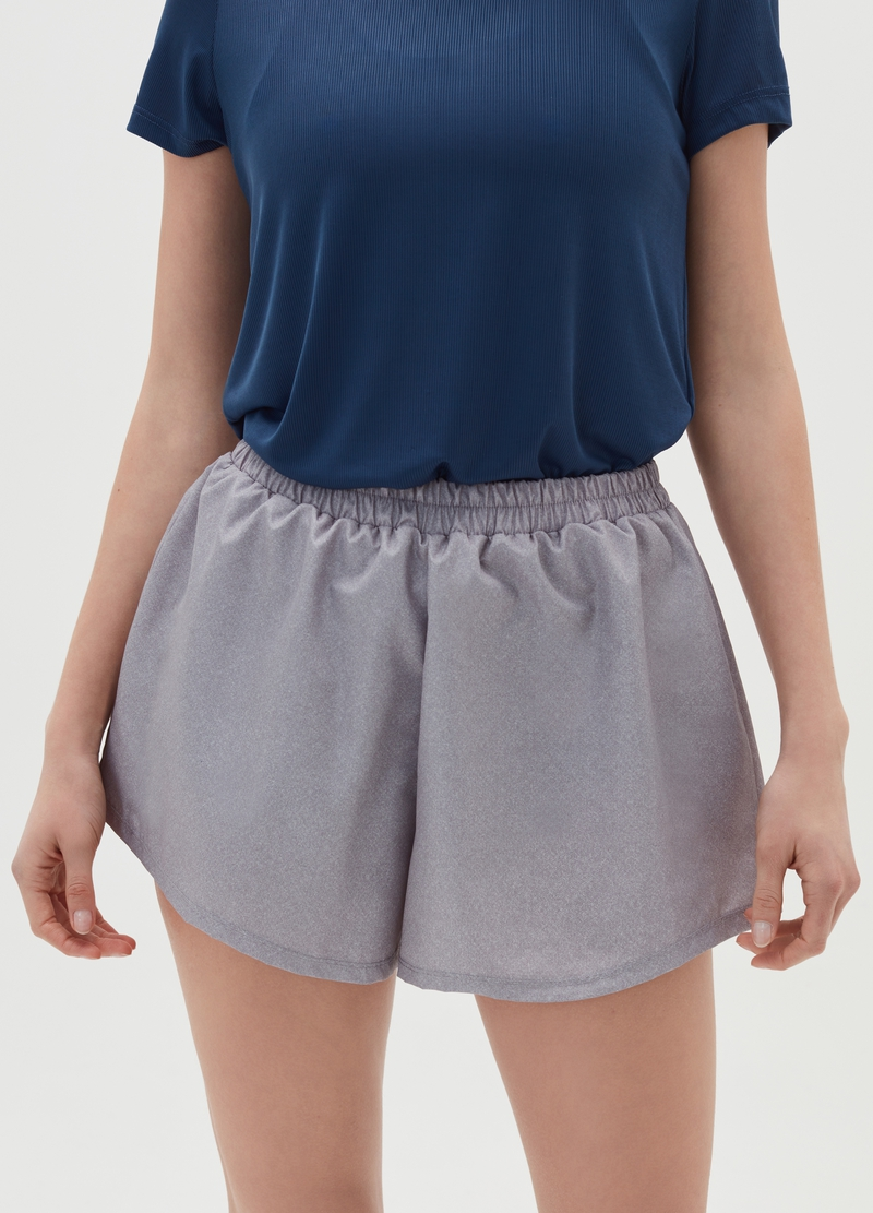Sports shorts image number null