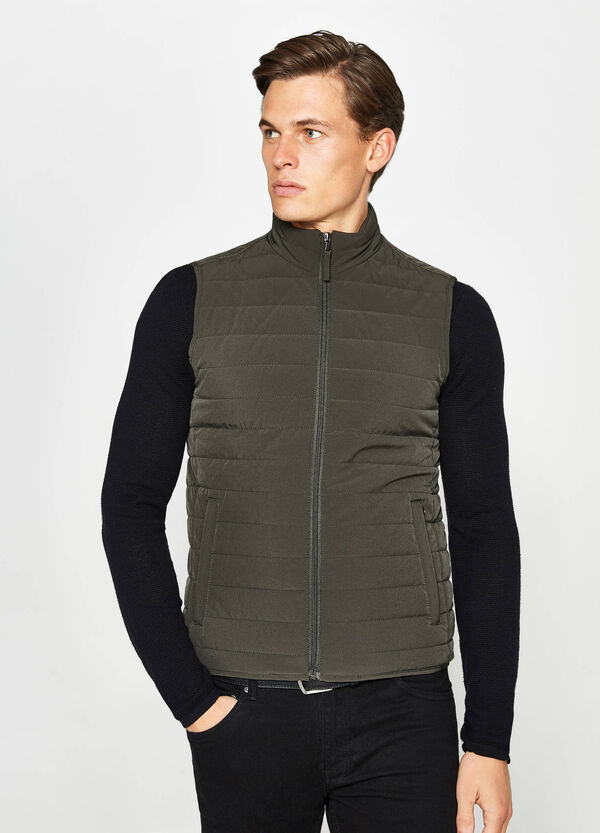 Padded stretch gilet with high neck