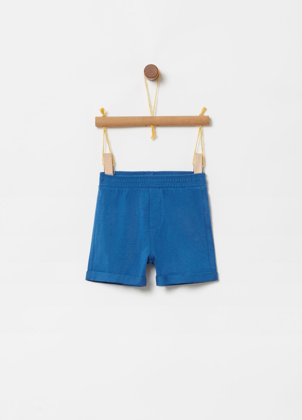 Jersey shorts with elastic waist and pocket