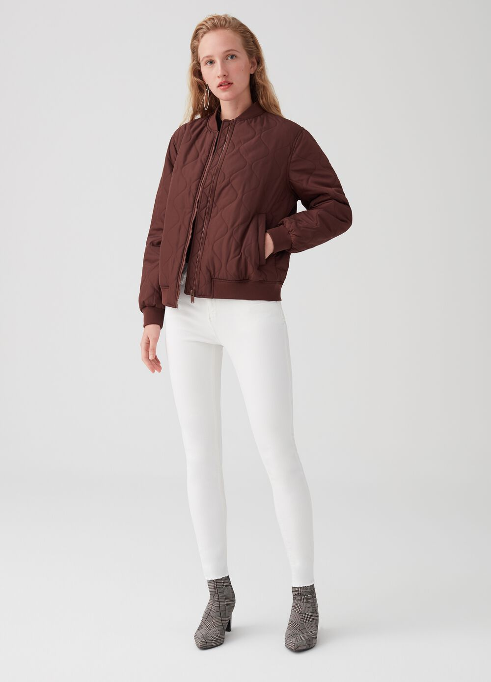 Short bomber jacket with onion quilting