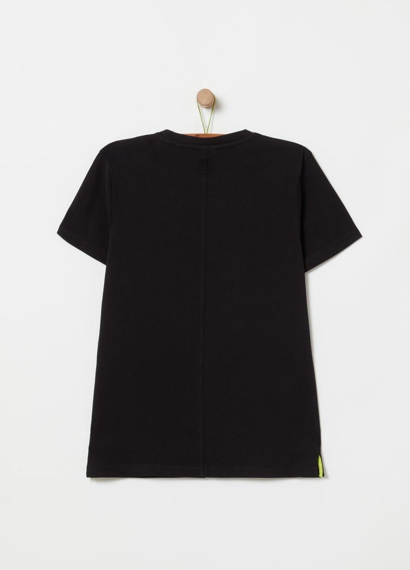 T-shirt with printed lettering image number null