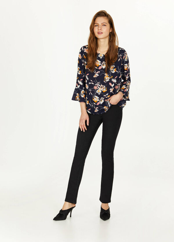 Crêpe blouse with all-over print
