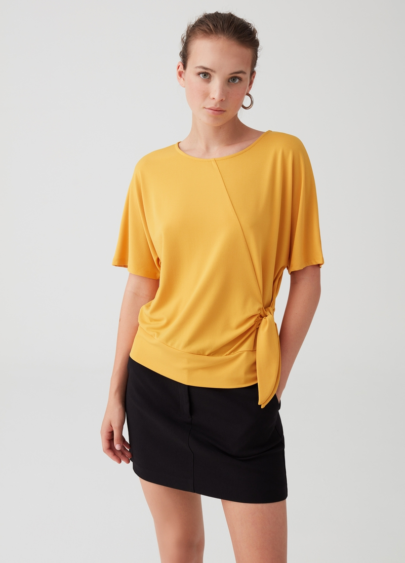 Stretch T-shirt with side knot image number null