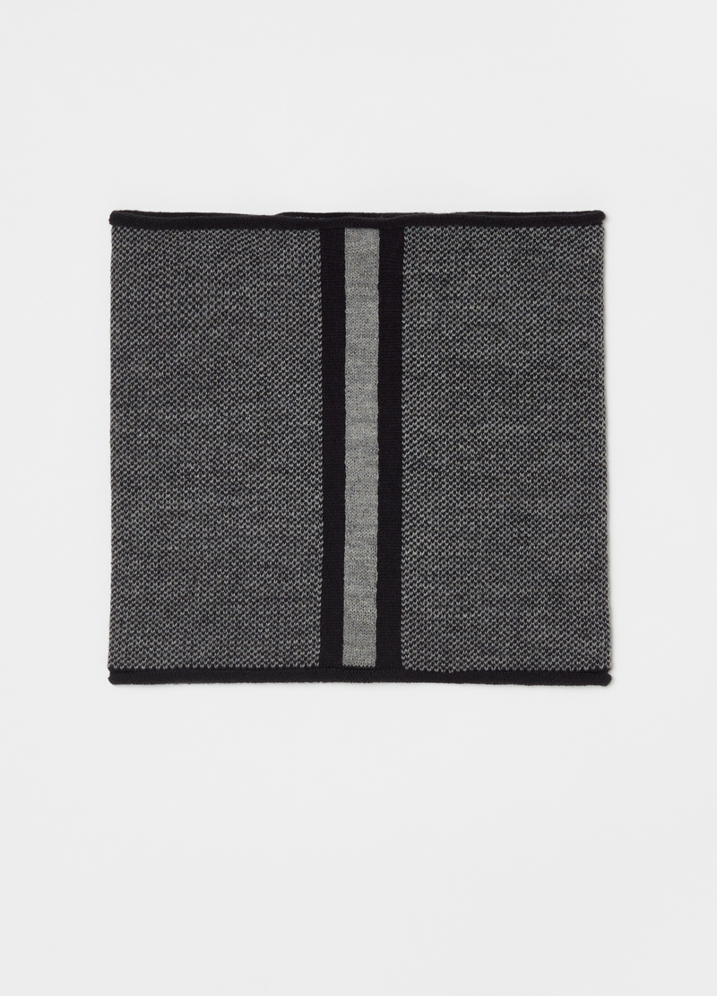 Neck warmer with two-tone weave image number null