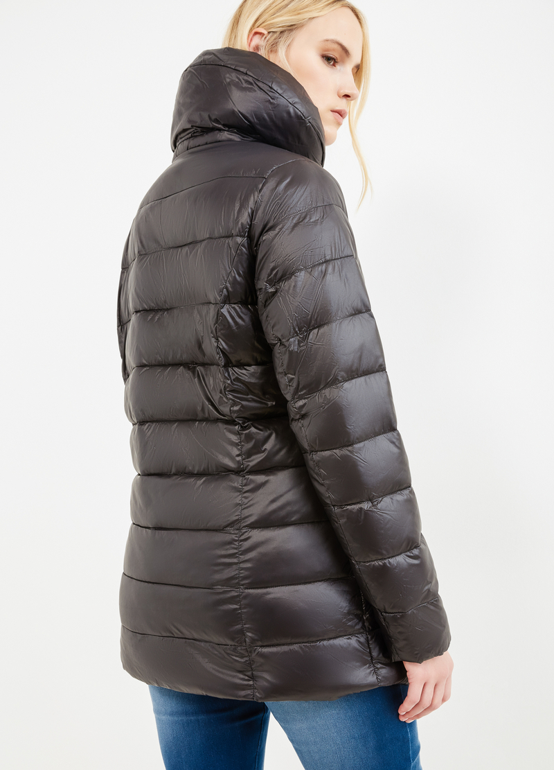 Curvy down jacket with solid colour high neck image number null