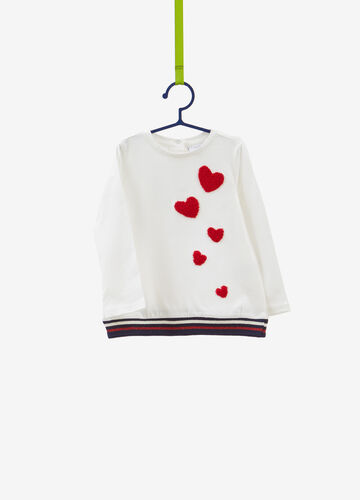 100% cotton T-shirt with hearts patches