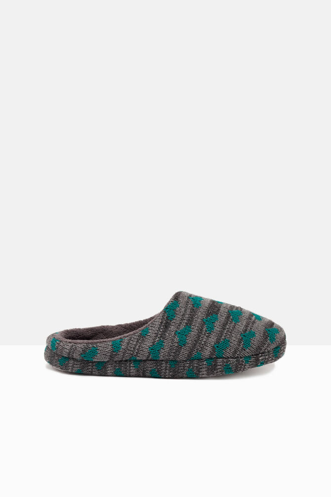 Knitted and striped slippers with print