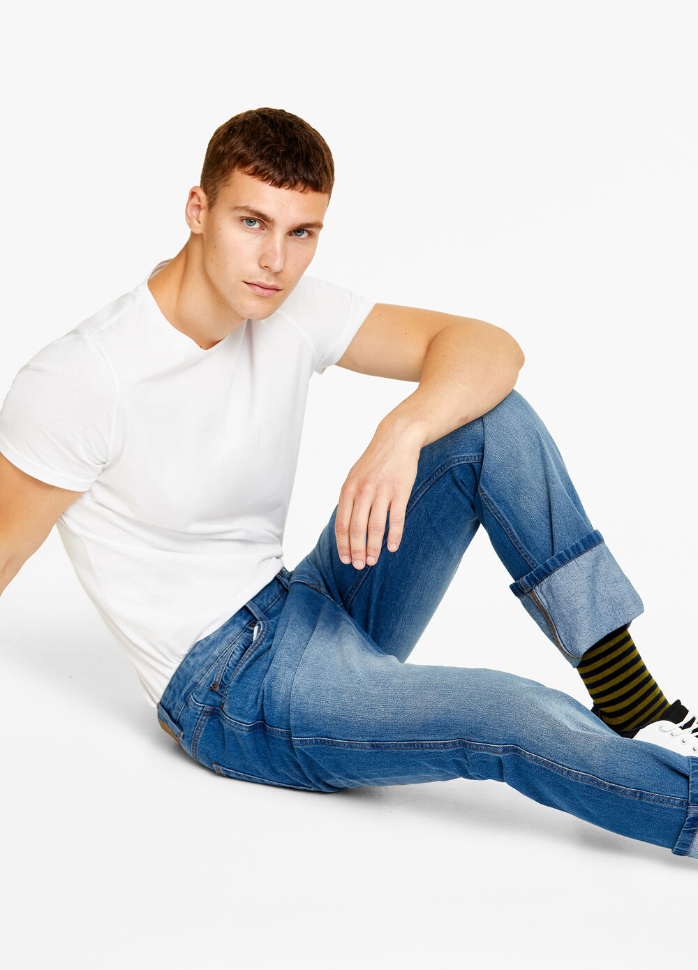 Regular-fit washed-out jeans