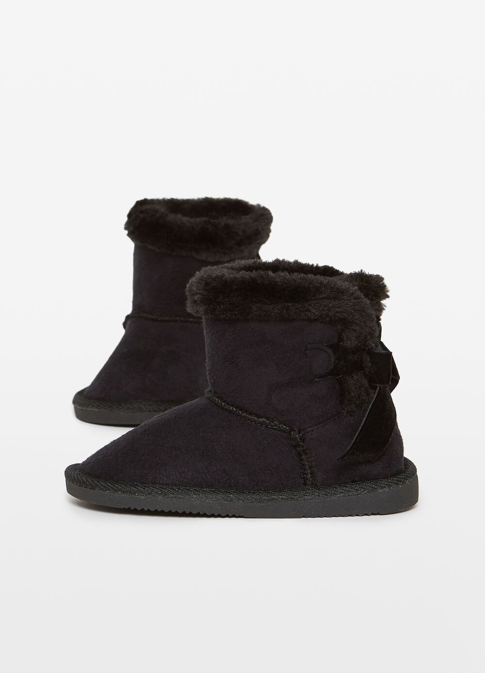 Solid colour faux fur ankle boots