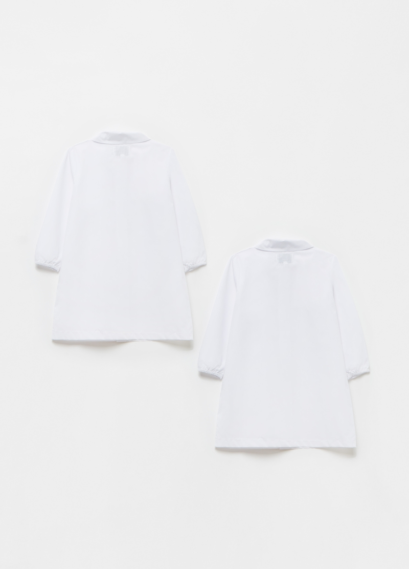 Two-pack solid colour smocks with buttons image number null