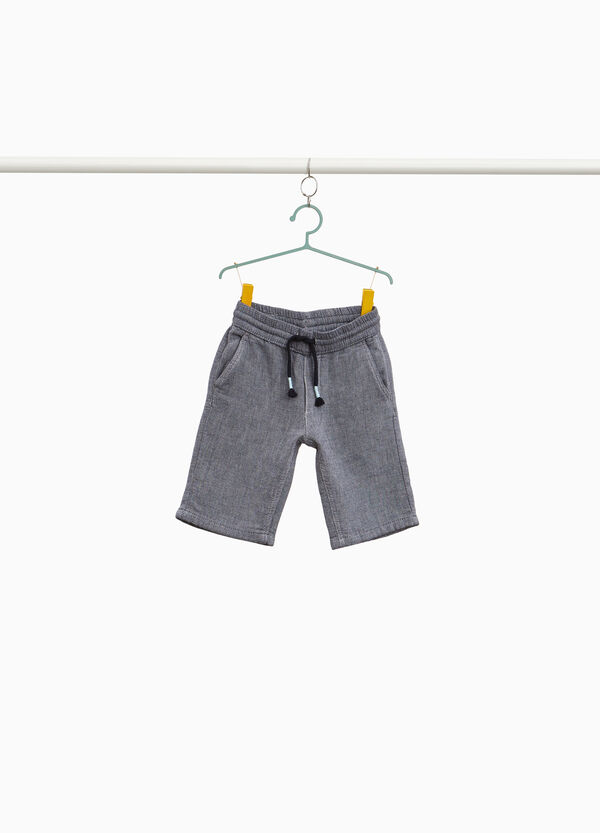 100% cotton Bermuda shorts with braided weave