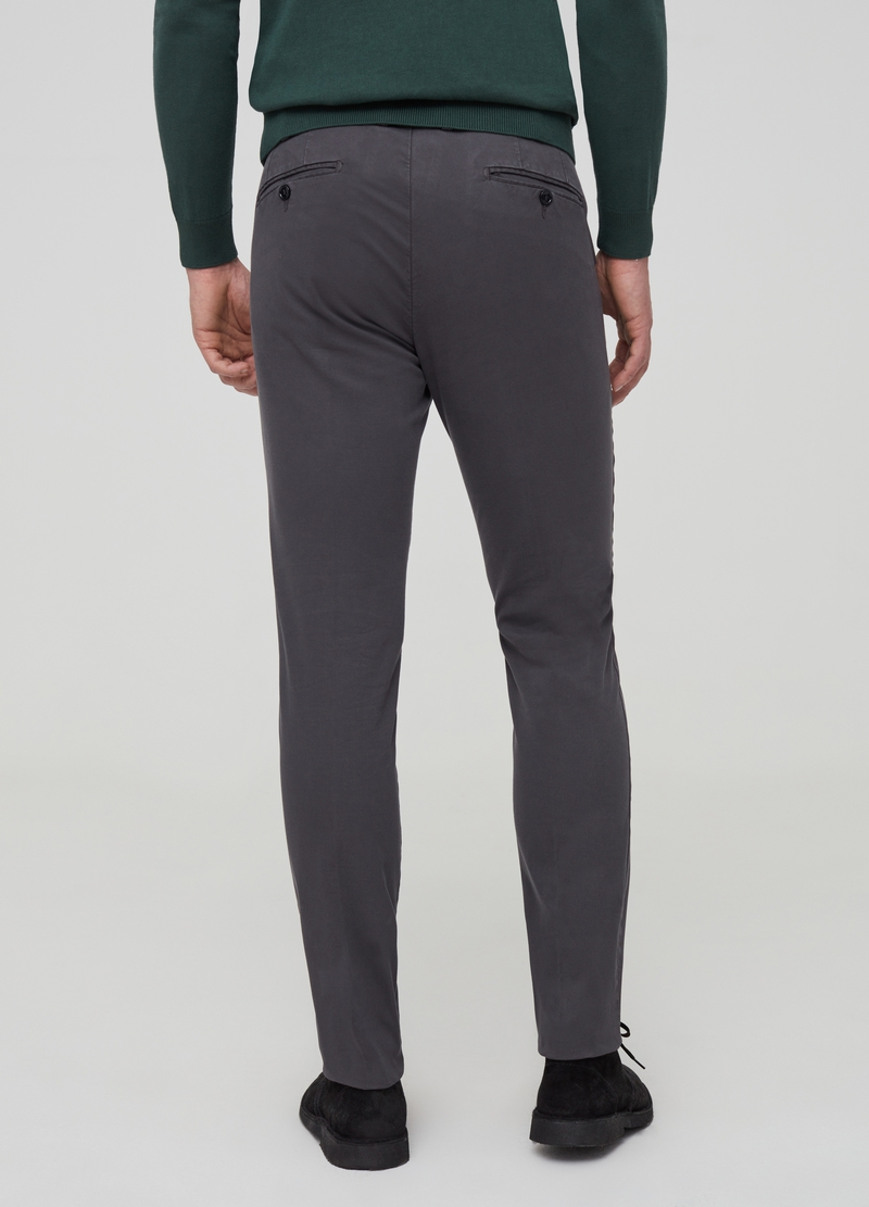 Chino slim fit in cotone stretch image number null