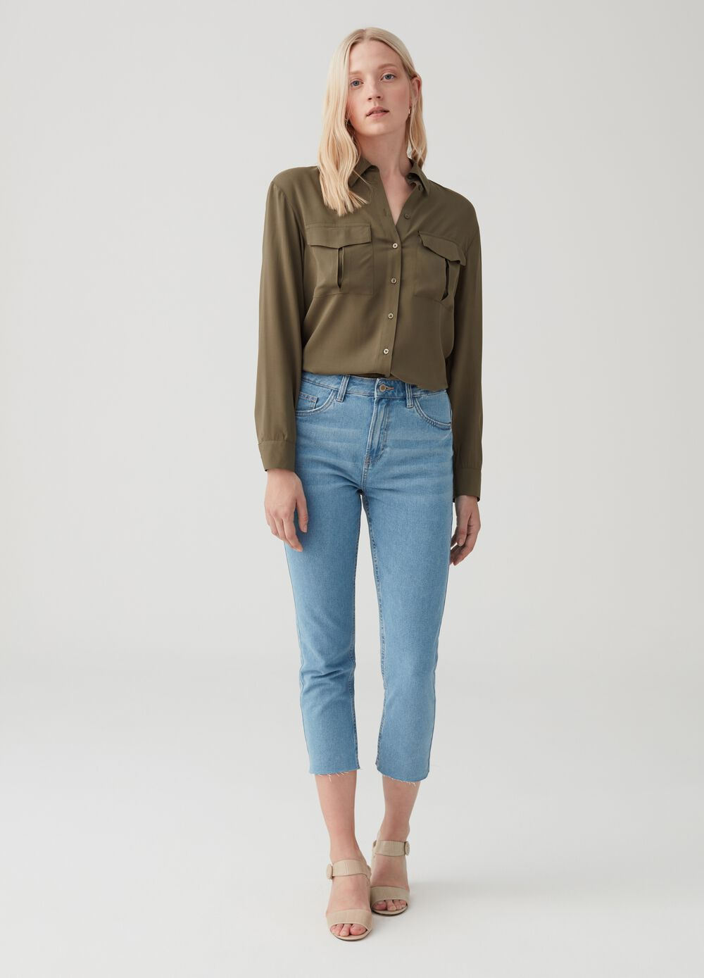 Straight-fit cropped jeans with five pockets