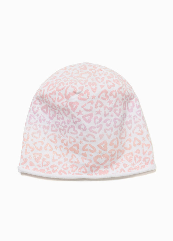 Beanie cap with glitter hearts pattern
